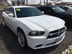 Dodge Charger 2014 White for Sale in Las Vegas, NV