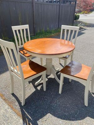 Used Table(PENDING PICKUP) for Sale in Auburn, WA