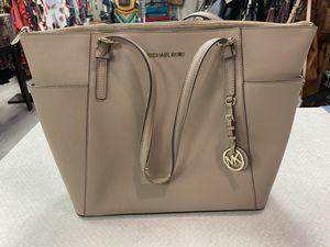 Michael Kors (used) bag for Sale in Lauderhill, FL