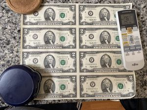 8 uncut $2 bills from 1995 for Sale in Washington, DC