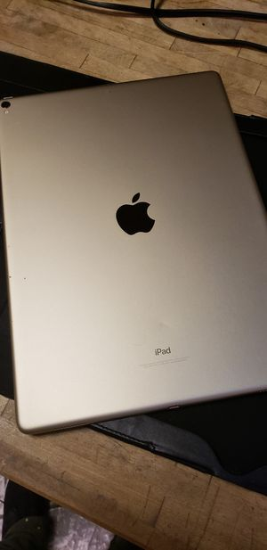 IPAD PRO 2 512 gbs for Sale in New York, NY