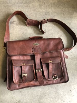 Leather Messenger Bag for Sale in Irwindale, CA