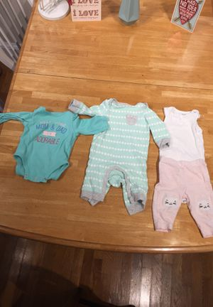 Pampers box filled with little girls clothes. Ages 0-6months for Sale in Orlando, FL