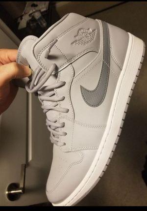 Jordan 1 mid triple grey size 13 for Sale in Tamarac, FL