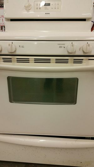 Gas stove like new 3 months warranty for Sale in Annandale, VA