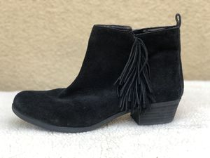 Size 11M, Suede Fringe Booties for Sale in Rancho Santa Margarita, CA