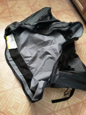 Bid duffle bag suit case brand new never used for Sale in Buena Park, CA