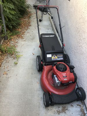 Lawn mower Troy built used 2 times for Sale in Etiwanda, CA