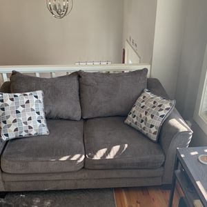 Love Seat for Sale in Gresham, OR