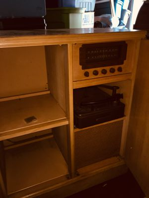 Vintage Magnavox 1950 Stereo Cabinet. Radio, Record pler, speakers, Loop Antenna, extra bulbs for lights. Plugs in and works, but is a project Item for Sale in Portland, OR