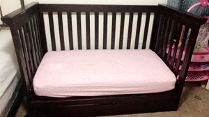 Baby Crib / Toddler bed for Sale in Phoenix, AZ