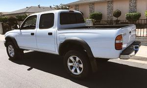 Power Locks 2003 Toyota Tacoma for Sale in Columbus, OH