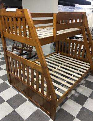 Twin/Full Bunk Bed (Honey Oak Finish) for Sale in Miami, FL
