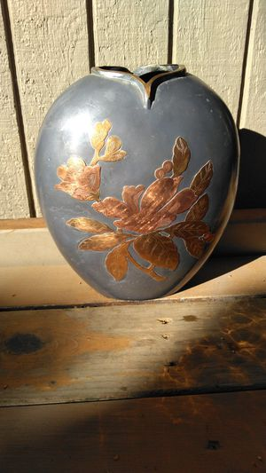 Metal vase for Sale in Vancouver, WA