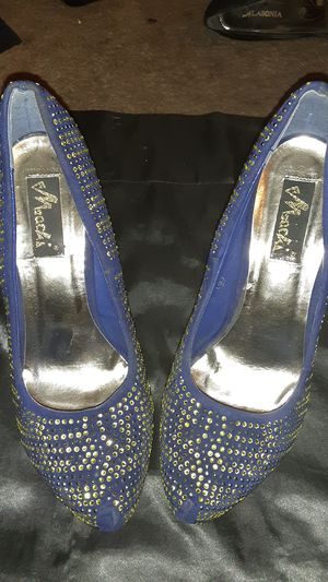 Royal blue gold rhinestone Machi heels - size 8 1/2 -9 for Sale in Las Vegas, NV