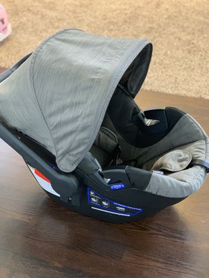 Britax B-Safe car seat and base for Sale in Lynnwood, WA