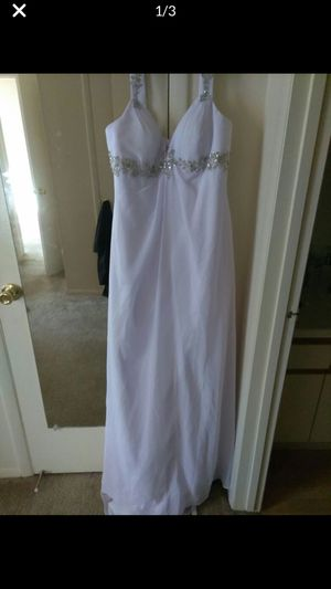 White chiffon wedding dress for Sale in Columbus, OH