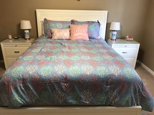 Beach Themed Queen Bedding Set; Optional - w/Matching Lamps for Sale in Bartow, FL