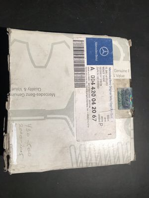 Mercedes-Benz original disc brake pads set / front for Sale in North Arlington, NJ