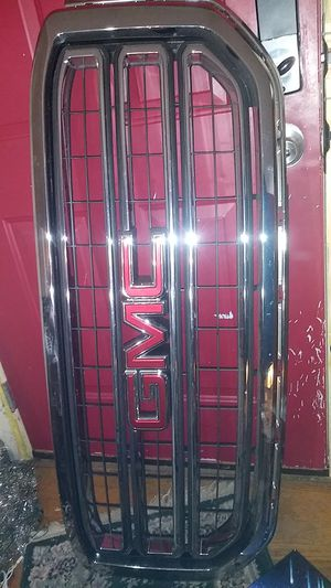 Gmc yukon base upper grill for Sale in Maryland Heights, MO