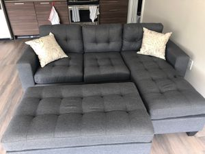 Brand new grey linen sectional sofa couch with ottoman for Sale in Silver Spring, MD