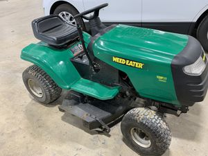 Weed Eater 13hp 5speed Riding Mower for Sale in Bartlett, IL