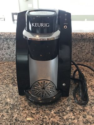 Single serve Keurig Coffee Brewer for Sale in Vienna, VA