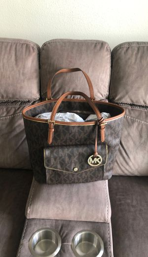 Michael Kors purse for Sale in Tampa, FL