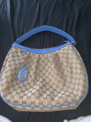 Gucci hobo bag for Sale in Yonkers, NY