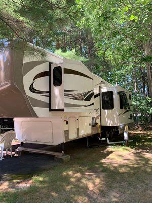 2014 Cedar Creek Silverback Model 31RK 5th Fifth Wheel Trailer Camper by Forest River for Sale in Wells, ME
