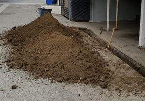 Free dirt 3yrds can deliver for Sale in Pasadena, CA