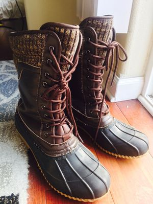 Super cute Hunter like rain boots size 9 for Sale in Hillsboro, OR