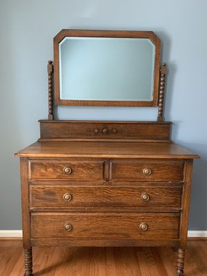 Antique mirror dresser for Sale in Herndon, VA