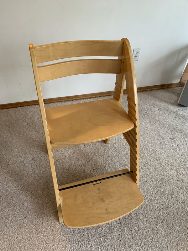 Kid's Solid Wood adjustable Chair