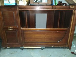 Free entertainment armoire for Sale in Spring Hill, FL