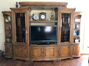 Entertainment Center furnitures for Sale in Ashburn, VA