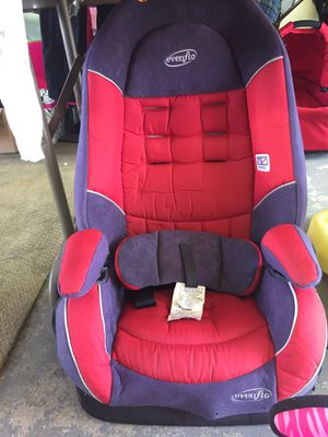 Car seat for Sale in Melrose Park, IL