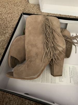 Nude fringe heel size 8 for Sale in Sterling Heights, MI