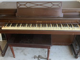 Free Piano for Sale in Moody,  TX
