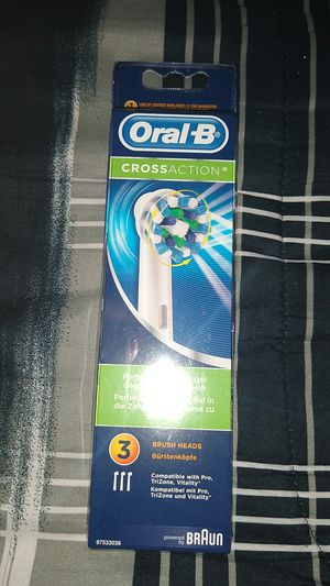 Oral-B cross action for Sale in Irvine, CA
