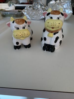 Houston Harvest Ceramic Country Cow Sugar Creamer Bowl Set for Sale in Wyoming, MI