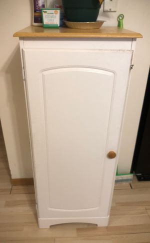 4-Shelf cabinet for Sale in Columbus, OH