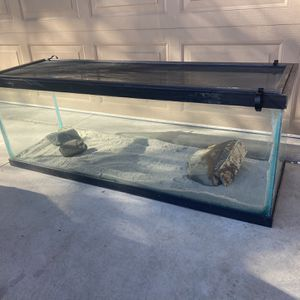 65 Gallon Terrarium Fish Tank Full Setup With All Accessories And Lid for Sale in Yorba Linda, CA