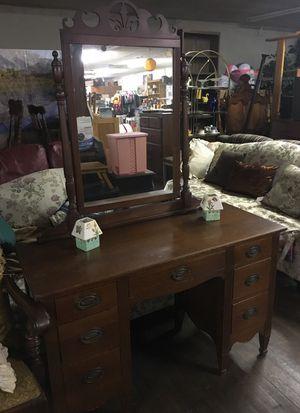 Antique dresser for Sale in Jonesville, SC