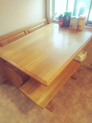 Breakfast nook style table for Sale in Modesto, CA