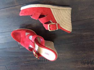 UGG Platford sandals for Sale in San Diego, CA