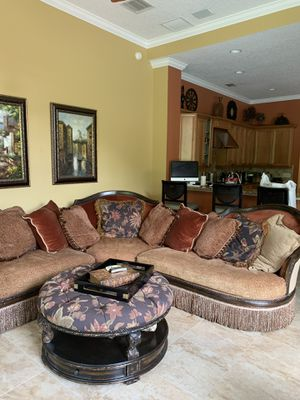 Sectional Sofa, ottoman and side table for Sale in Longwood, FL
