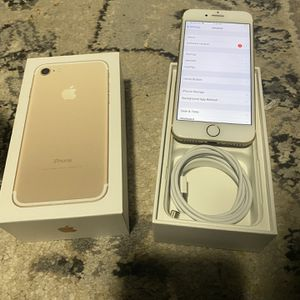 Iphone 7 at&t and cricket only (read description please) for Sale in Fairfax, VA