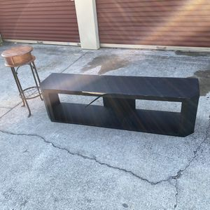 75 inch TV stand with living room decor for Sale in Stone Mountain, GA