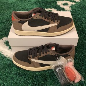 TRAVIS SCOTT Jordan 1 Low Size 9 for Sale in Falls Church, VA